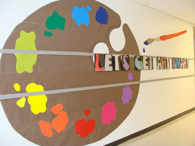 Love the painters palette for a beginning of the year bulletin board.