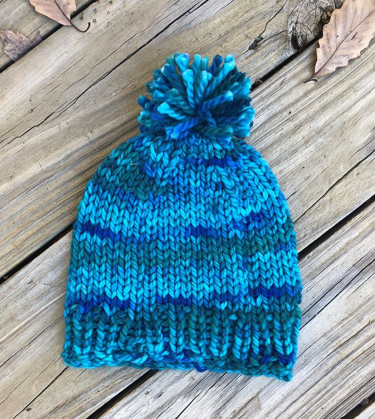 Simple Chunky Knitted Hat Free Pattern in 2020   Knitted ...