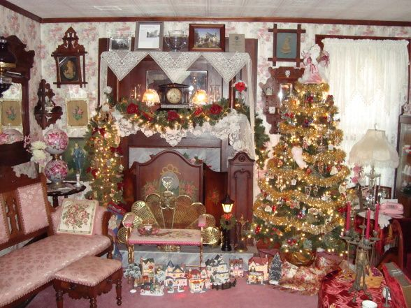 25+ Best Ideas About Victorian Christmas Decorations On