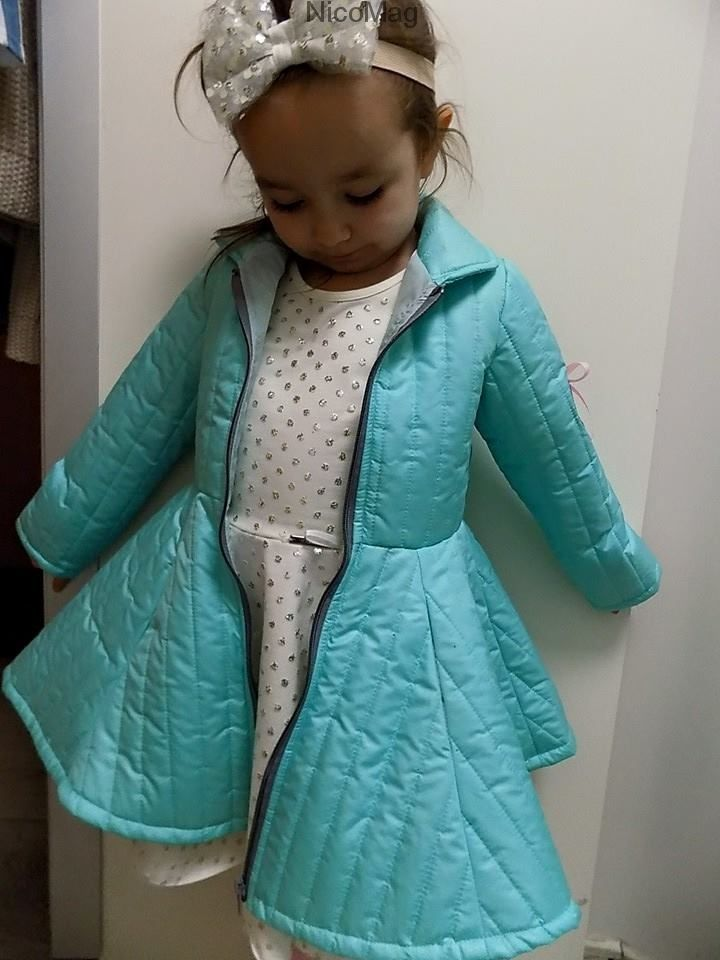 Płaszcz miętowy-dziewczynka