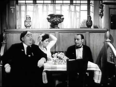 Hostinec u kamenného stolu 1948 - YouTube