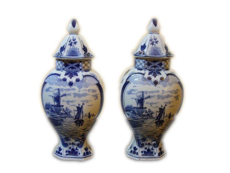 Vaze sub consola 150 RON