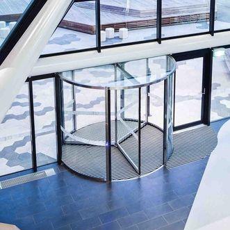 The KTV ATRIUM revolving door systems are ideal for installation in entrance…