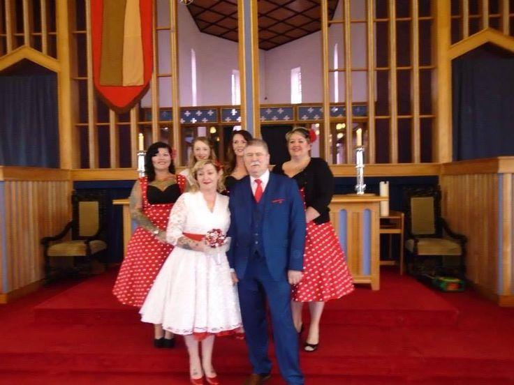 Red dress x knights