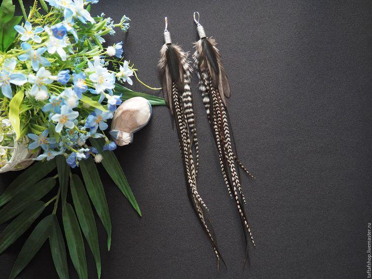 Утренний туман - необычные серые серьги с перьями в стиле бохо - перья, перо