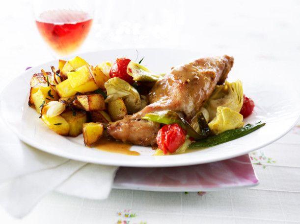 Provenzalisches Kaninchen in Rosé mit Röstkartoffeln Rezept | LECKER