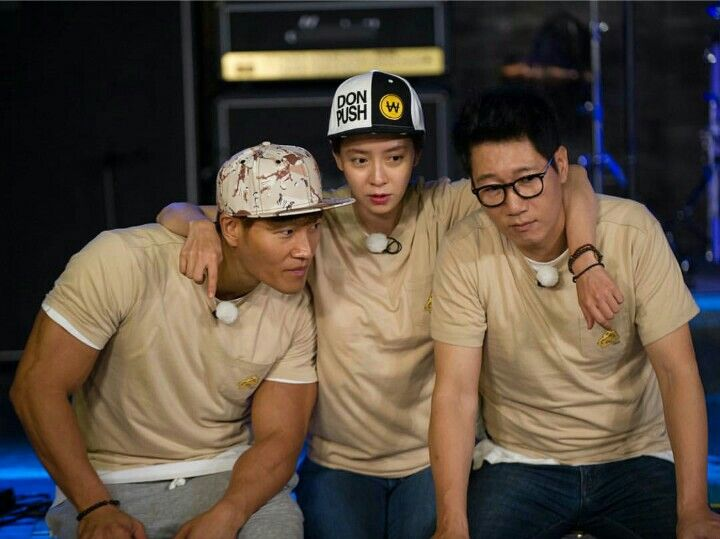 Song Ji Hyo, Kim Jong Kook and Ji Suk Jin, Running Man ep. 308