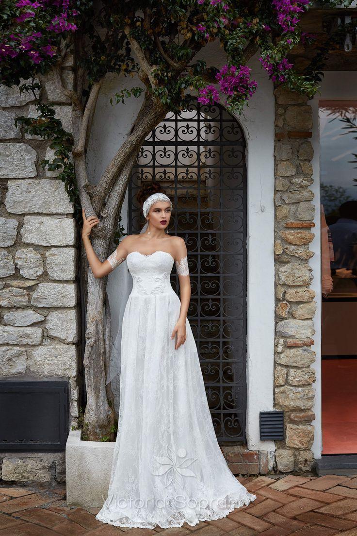 TEREZA #wedding, #weddingdress, #nefelejcsruhaszalon, #esküvőiruha,#esküvő, #menyasszonyiruha,#menyasszony