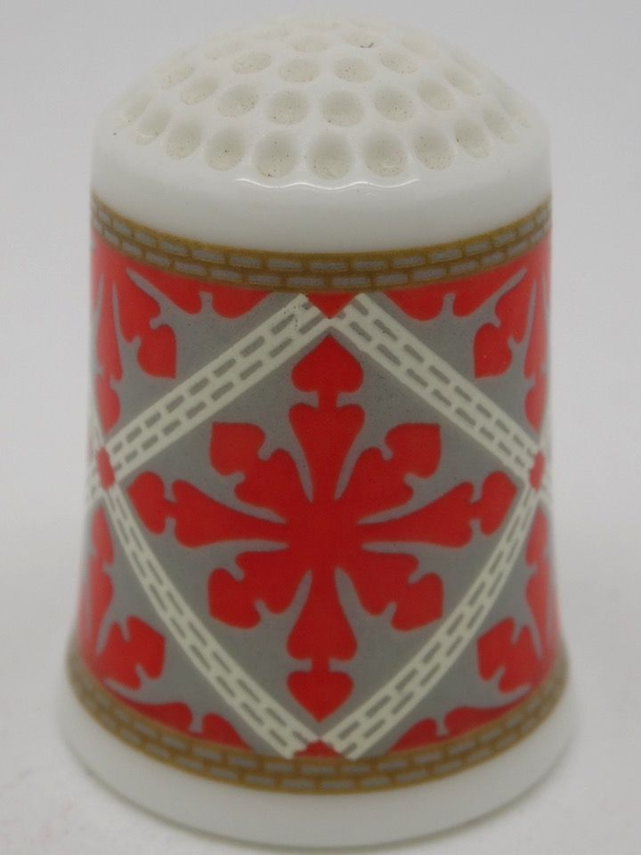Double Heart circa 1850. The American Heirloom Quilt Collection. Franklin Porcelain. Thimble-Dedal-Fingerhut.