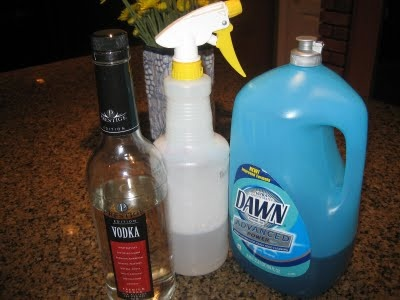 1000 ideas about homemade granite cleaner on pinterest how to clean granite clean granite - Clean cabinets using homemade solution ...