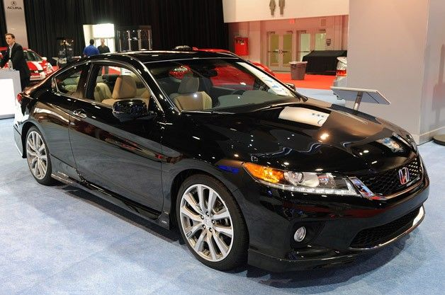 2013 Honda Accord Coupe HFP.  I want this!  I think Ill put these wheels on mine.