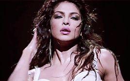 Priyanka Chopra gif