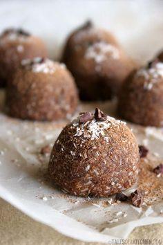 Nutella caramel macaroons {raw & vegan}