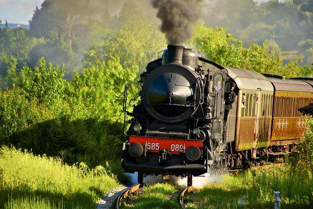 Il Treno Natura torna dalle Crete Senesi! Carbon train near Siena