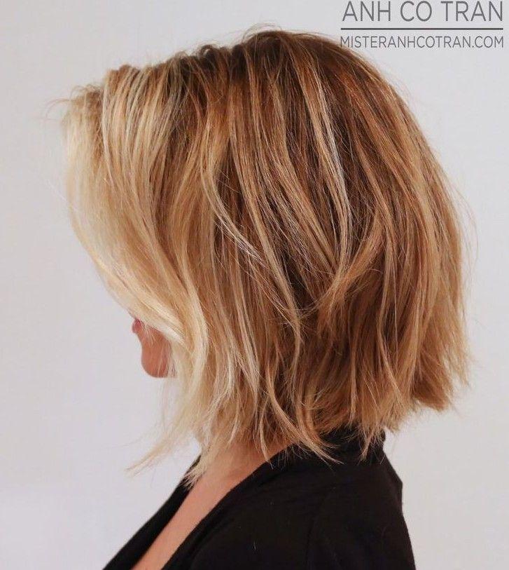 Seitenansicht von weichem gewelltem Bob Cut – Frisuren wöchentlich