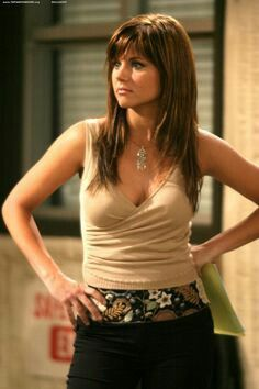 Tiffani thiessen                                                                                                                                                      More