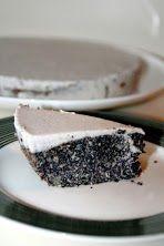 Csupa mák torta  Alja a hedonistás máktorta alap: -200 gr mák -50 gr kókuszreszelék -édesítő ízlés szerint (nyugodtan lehet nyersen kós...