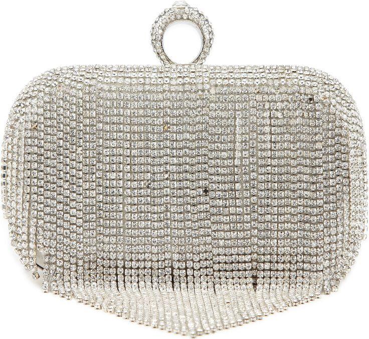 •Website: http://www.cuteandstylishbags.com/portfolio/aldo-silver-sardegna-evening-clutch/ •Bag: ALDO Silver Sardegna Evening Clutch