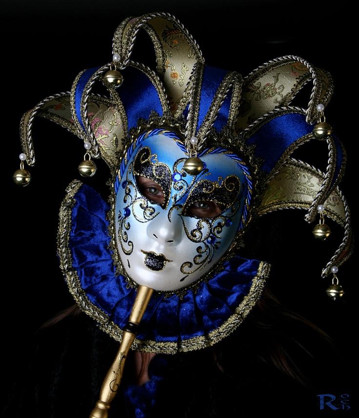 Beautiful Blue and White Venetian mask. #masks #venetianmasks #masquerade http://www.pinterest.com/TheHitman14/artwork-venetian-masks-%2B/