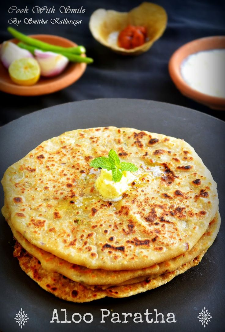 aloo paratha,POTato paratha,stuffed potato indian flat bread
