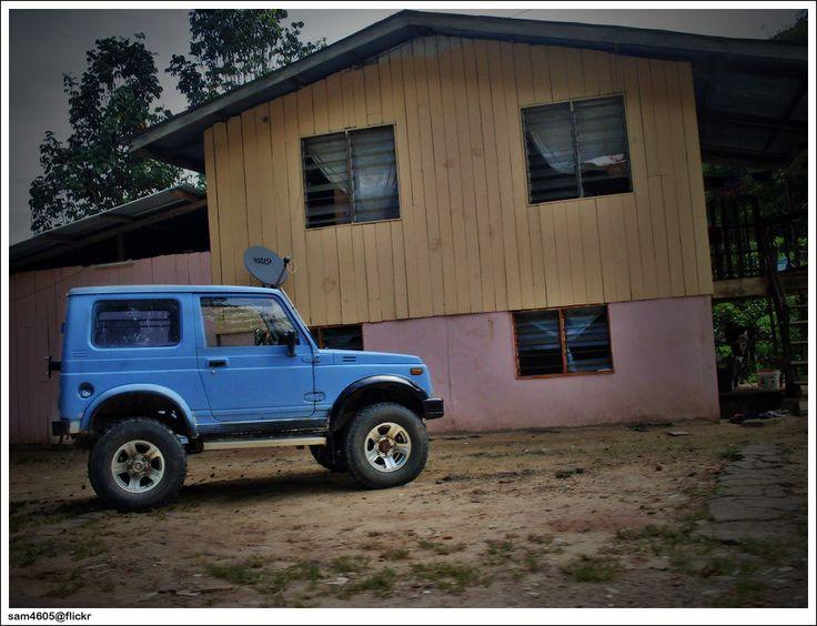 Resultado de imagem para blue Suzuki Jimny Sierra
