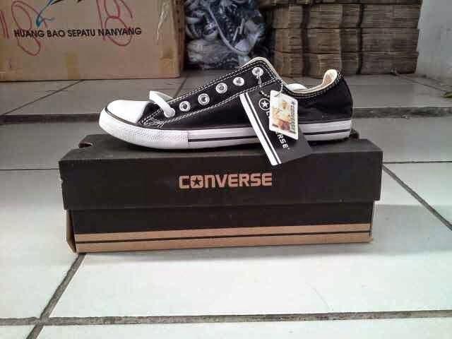 Sepatu Converse all star Hitam Putih Pendek ZAD100 :: IndoGaleri