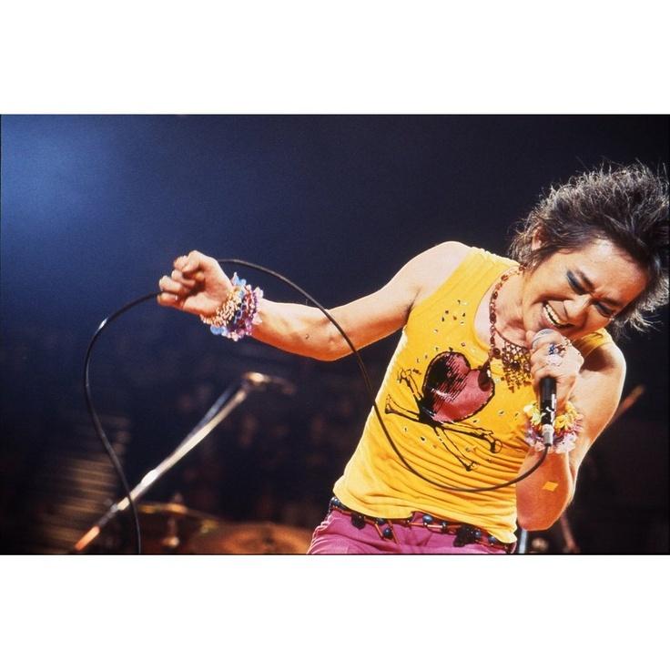 忌野清志郎 ナニワ・サリバン・ショー ~感度サイコー!!!~ Imawano Kiyoshiro He was born in Japan on 2nd April 1951.