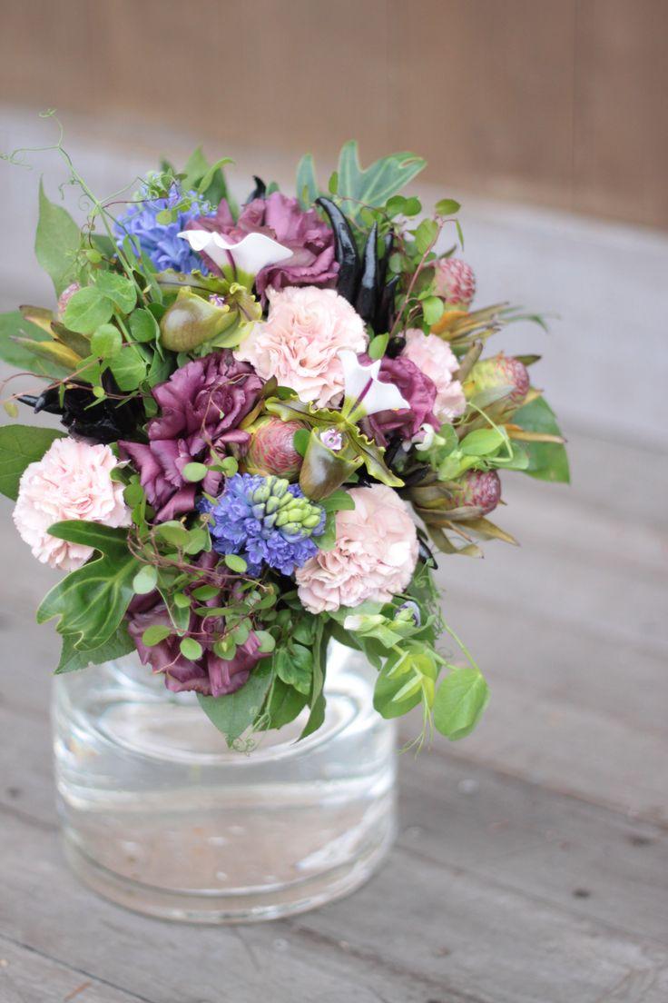 カーネーション/パフィオ/トルコキキョウ/ブーケ/花束/花どうらく/花屋/http://www.hanadouraku.com/bouquet