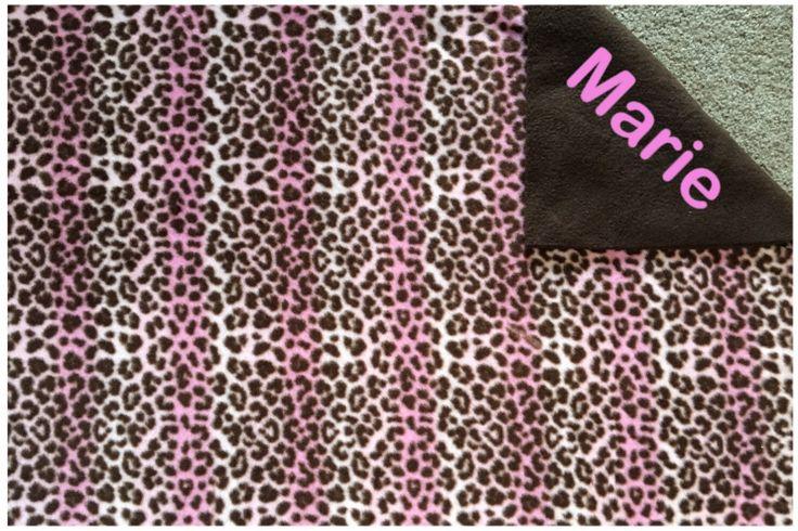 Roze Cheetah dubbele gelaagde fleece deken/gooien door Sewdivine77 op Etsy https://www.etsy.com/nl/listing/249966024/roze-cheetah-dubbele-gelaagde-fleece