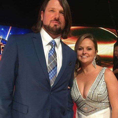 WWE Superstar AJ Styles (Allen Jones) and his wife Wendy at the 2017 WWE Hall of Fame ceremony in Orlando #WWE #WWEHOF #WrestleMania #wwecouples