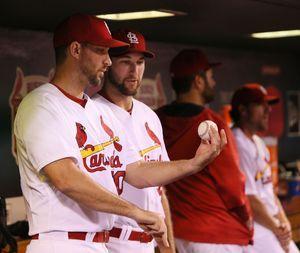 Wainwright cleared to resume full baseball activities