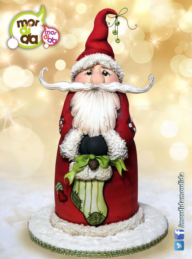 Santa Claus Cake by Daniela Garza