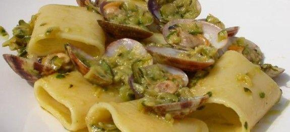 paccheri zucchine e vongole
