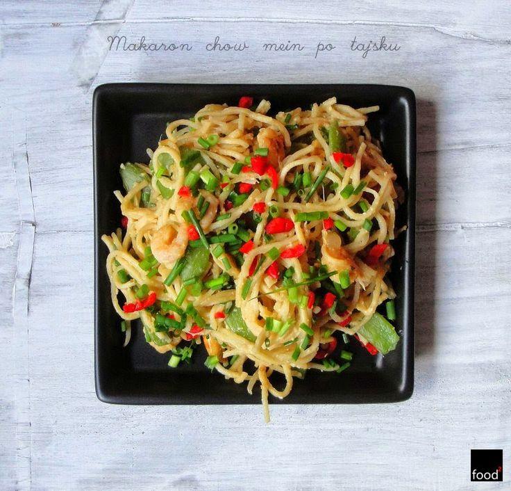 food²: Makaron chow mein po tajsku