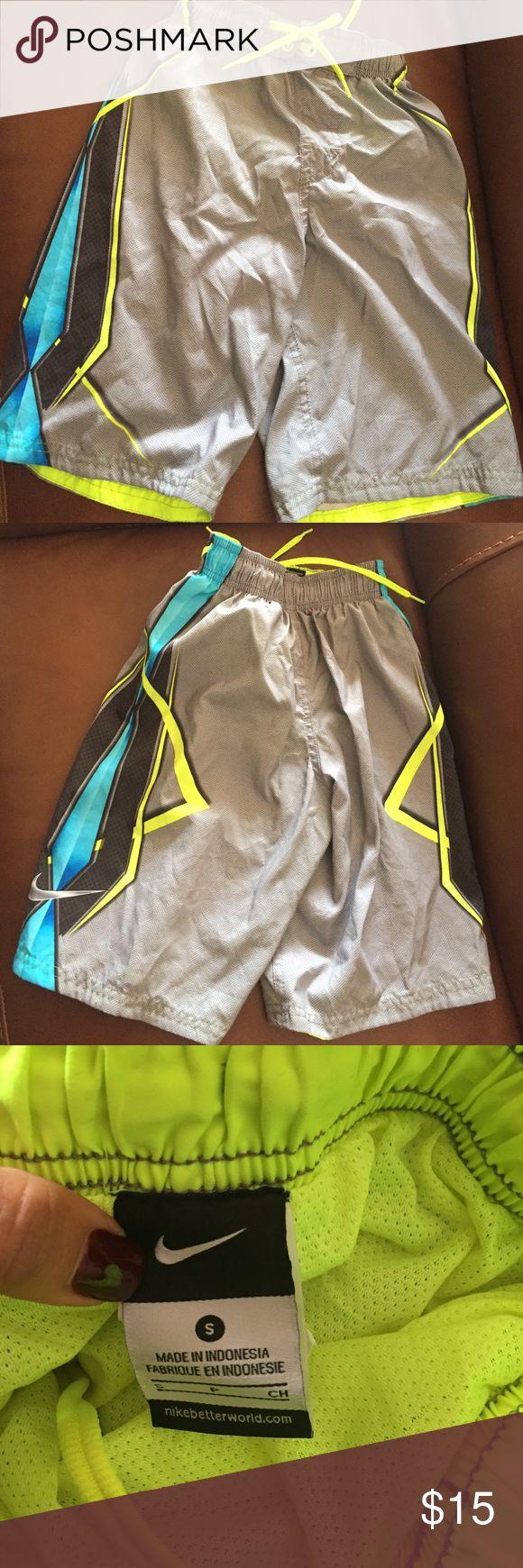 Nike boys bathing suit shorts size small Nike bathing suit shorts for boys. Size small in excellent condition Nike Swim Swim Trunks
