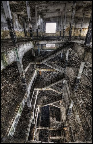Stairs?? Kinda feels like the huge dark maze like city from Hellraiser 2 #abandoned #decay