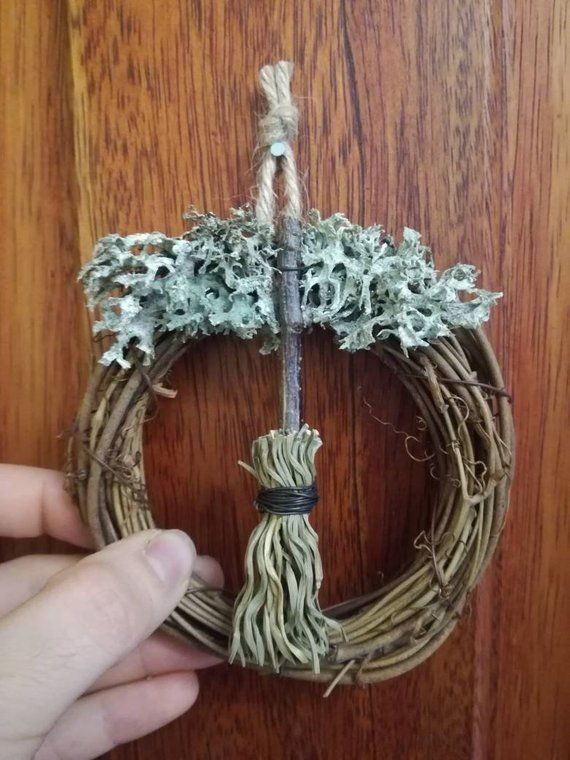 Mini Broom Wreath Wiccan Home D 233 Cor Yule Ornament