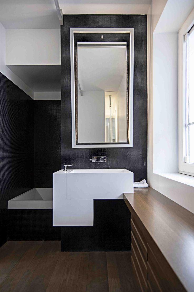Oltre 25 fantastiche idee su rivestimento per vasca da bagno su pinterest mensola da - Piastrelle bagno mosaico doccia ...