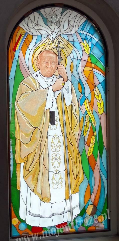 Papież Jan Paweł II - witraż www.mojewitraze.pl