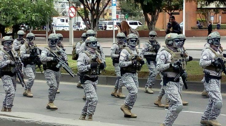 11) bloque de Fusileros de la escuela militar de suboficialesInfantería de Marina de Colombia, es un cuerpo de tropa de laArmada Nacionalque cuenta con aproximadamente 29 875 efectivos, haciendo de este El Segundo cuerpo de Infanteria de Marina más grande del mundo.