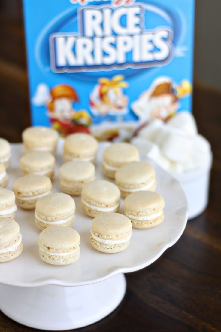 Dinner or dessert: rice krispy treat macarons with marshmallow fluff creme!