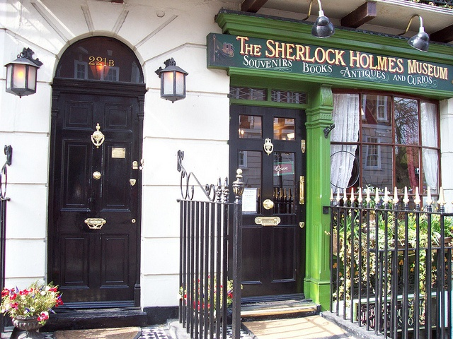 Doors of the Sherlock Holmes Museum in Londonu0027s Baker Street. The black door on the & 135 best Spaces: Doors images on Pinterest | Stock photos Search ... pezcame.com