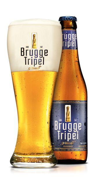 BRUGGE Tripel / Het van oudsher Brugse stadsbier, krachtig en bitterzoet. BRUGGE Tripel heeft een mooie goudblonde kleur en een stevig, rotsachtig schuim dat een tekening van Brugs kantwerk achterlaat op het glas. Het aroma heeft een typisch fenolisch gerookte toets en de smaak is bitter, rijk en romig.