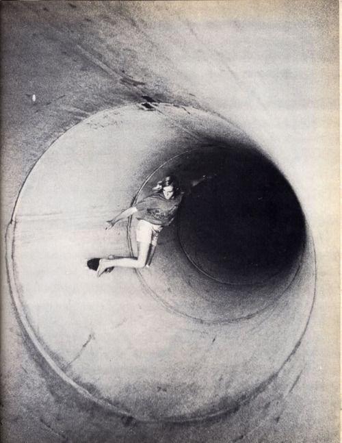 -: Black Hole, Old Schools, Vintage Skateboard, Skater Girls, Skateboard Stuff, Full Pipes, Girls Skateboard, No Shoes, Photo