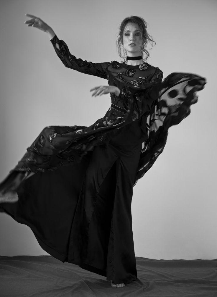 Nora Sarman / photo Kristof Toth / stylist Anita Varga / make up Barbara Keseru / hair Laszlo Pasztor / model Kinga Szoke Visage