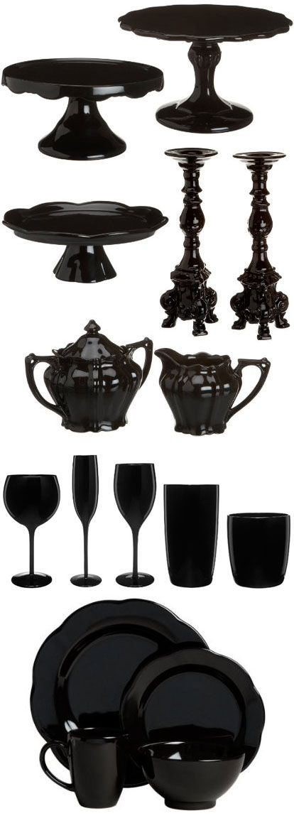 Junebug's Favorite Wedding Ideas – Black Tableware Wedding Decor Ideas for Fall or Winter Wedding!