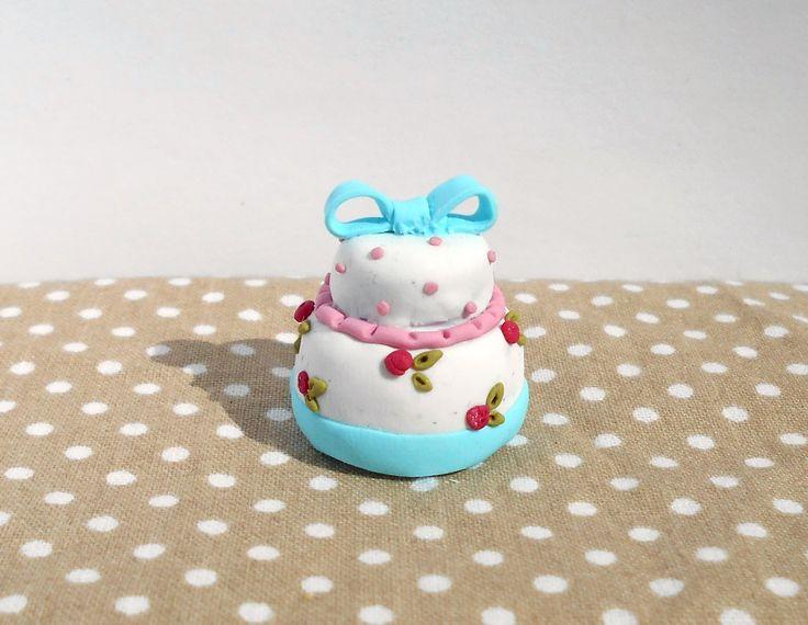 Miniature Cath Kidston inspired birthday cake #miniature #shabby #chic #diy #handmade #polymer #clay #polymerclay #cute #birthday #cake