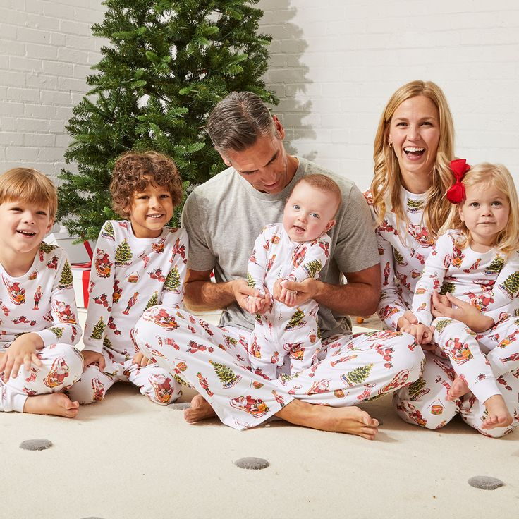 The PyjamaFactory Cool Reindeer Snowflake Christmas Themed Winter Themed Cotton All in One 100/% Sleepsuit Boys Girls