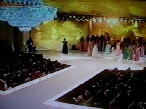 Miss Brasil 2005 - Miss Simpatia & TOP 10 & Entrevistas - 1ª Parte