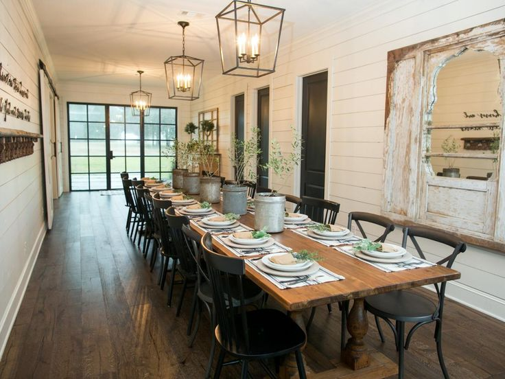 A Must See Fixer Upper Reno Rustic Barn Doors And To Go With Them